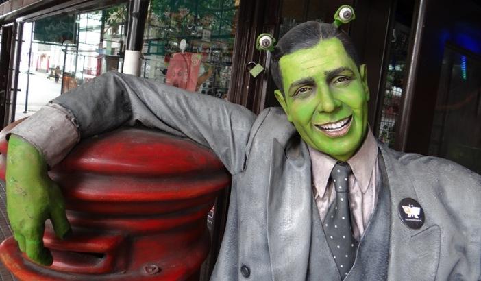 Recreación de Carlos Gardel, símbolo del tango, San Telmo, Buenos Aires, Argentina