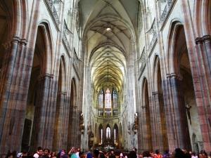Interior de la gótica Catedral de San Vito