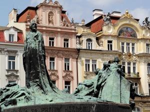 Monumento a Jan Hus 04