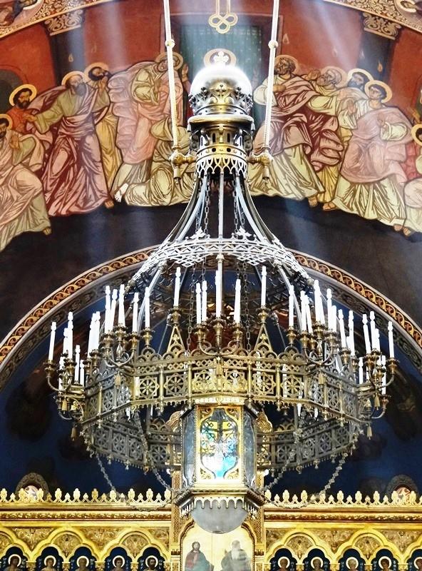 Lámpara colgante en el interior de la Catedral