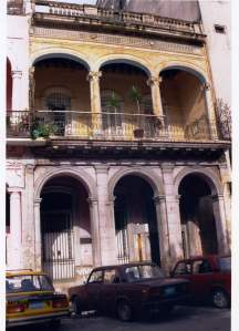 Frente del edificio donde investigó el Dr.Carlos Finlay en La Habana, Cuba