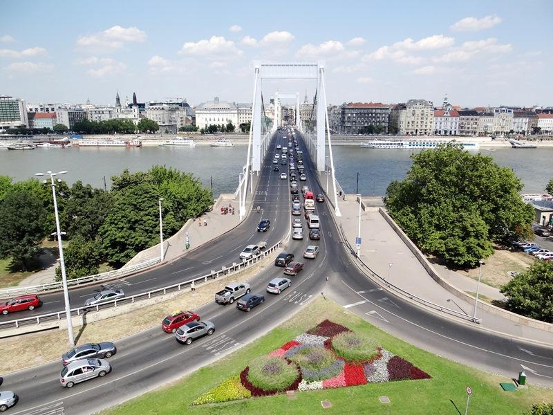 Erzsébed Hid (Puente de Elizabeth)