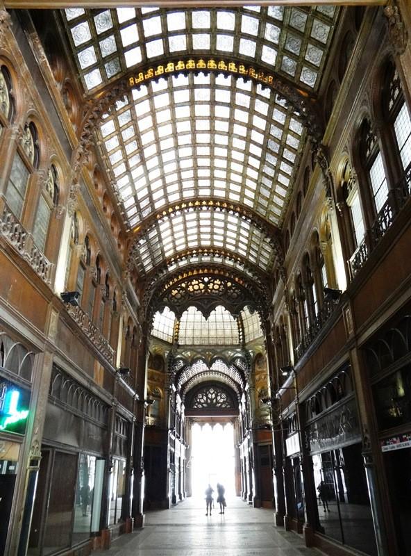 """Galería del Páriszi Udvar (""""Palacio París"""")"""