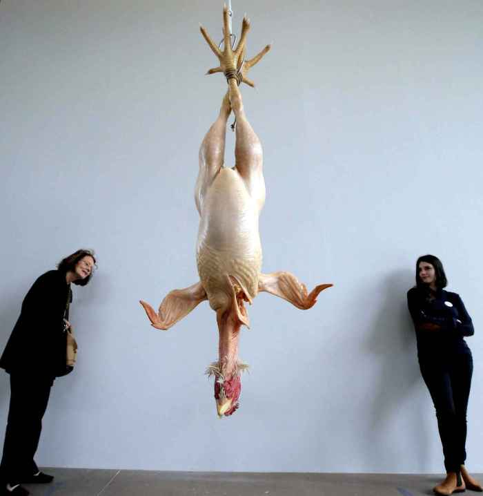 """Still Life"" en español ""Naturaleza muerta"" (2009). Mide 215 x 89 x 50 cm"
