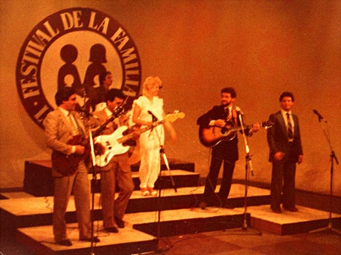 Oscar Allende con Pueblo de Dios y Rabito, Lima, Perú, 1984