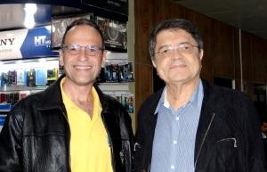 Pablo Bedrossian con el escritor nicaragüense Sergio Ramírez