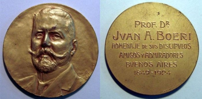 Medalla conmemorativa en honor al Dr.Juan A. Boeri
