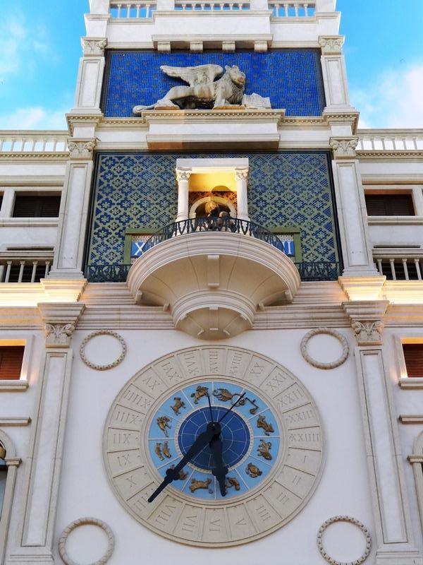 Palazzo & Venetian 11