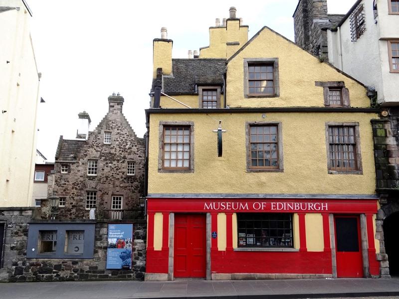 Edimburgo 77