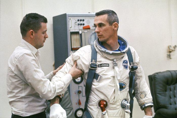 el Último hombre en la luna 05